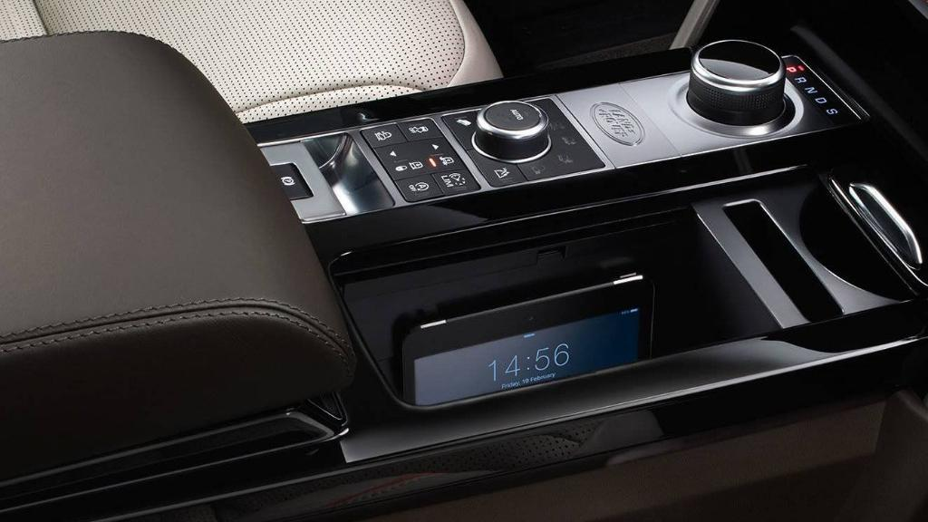 Land Rover Discovery 2019 Interior 004