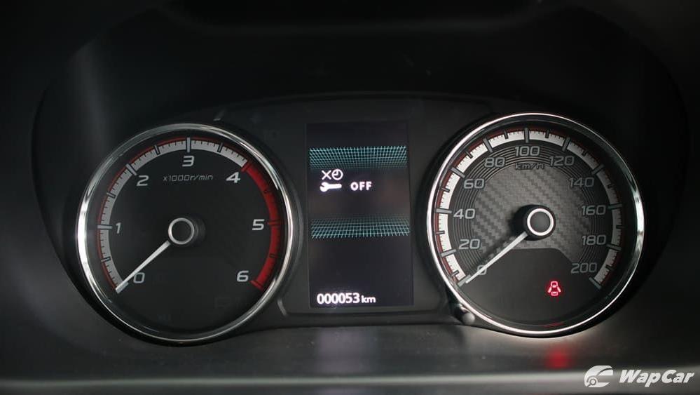 Mitsubishi Triton 2019 Interior 012