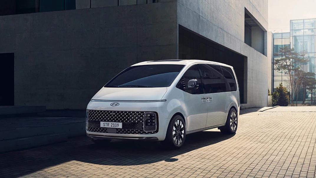 2021 Hyundai Staria Exterior 007