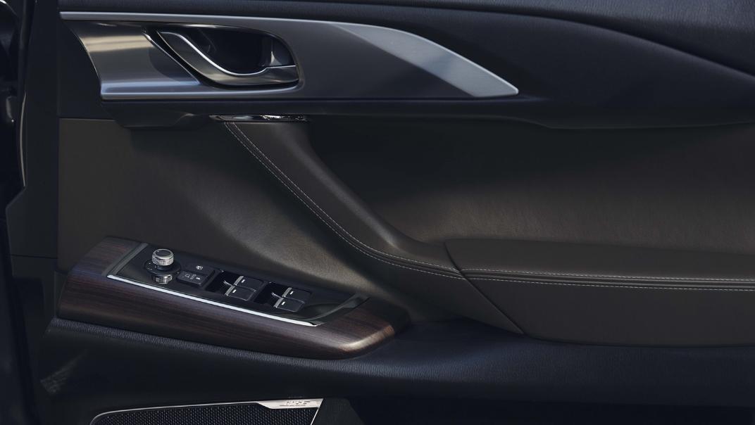 2021 Mazda CX 9 Interior 011