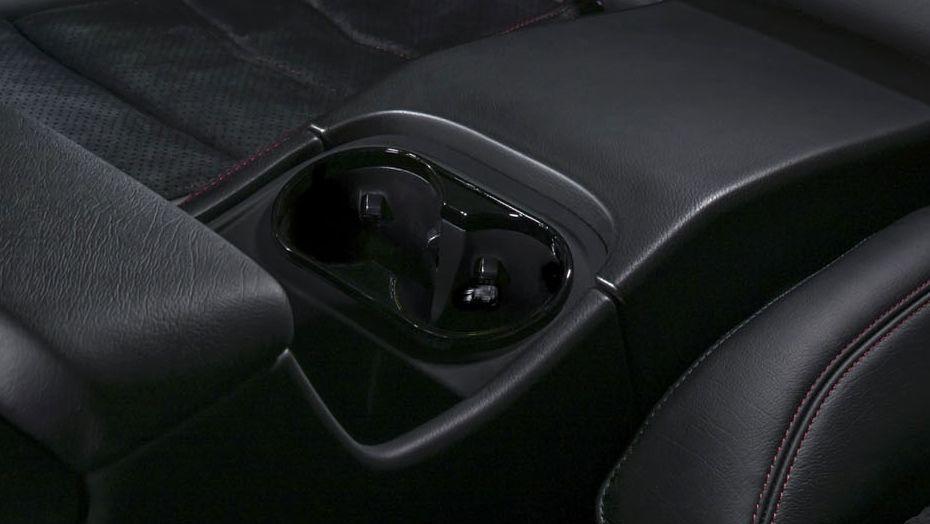 Maserati Granturismo 2019 Interior 005