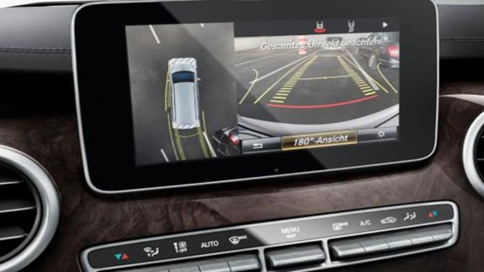 Mercedes-Benz V-Class 2019 Interior 007
