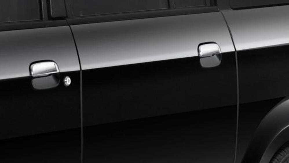 Suzuki APV Luxury 2019 Exterior 010