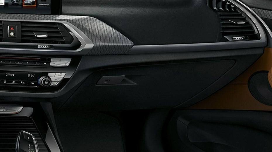 BMW X3 2019 Interior 007