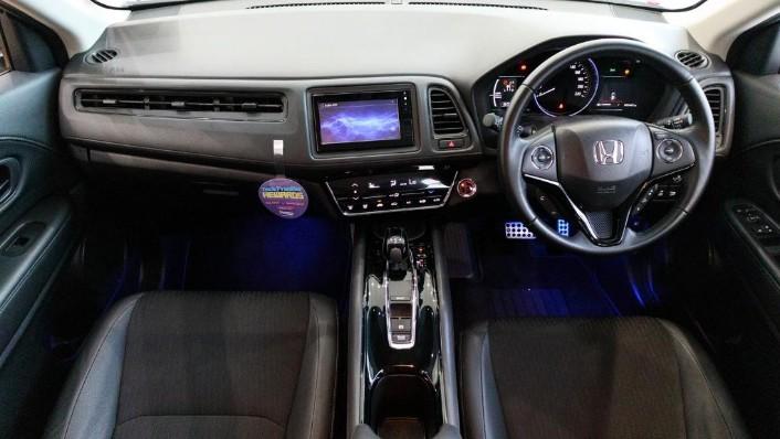 Honda HRV 2019 Interior 001