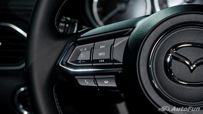 Mazda CX 8 2019 Interior 004