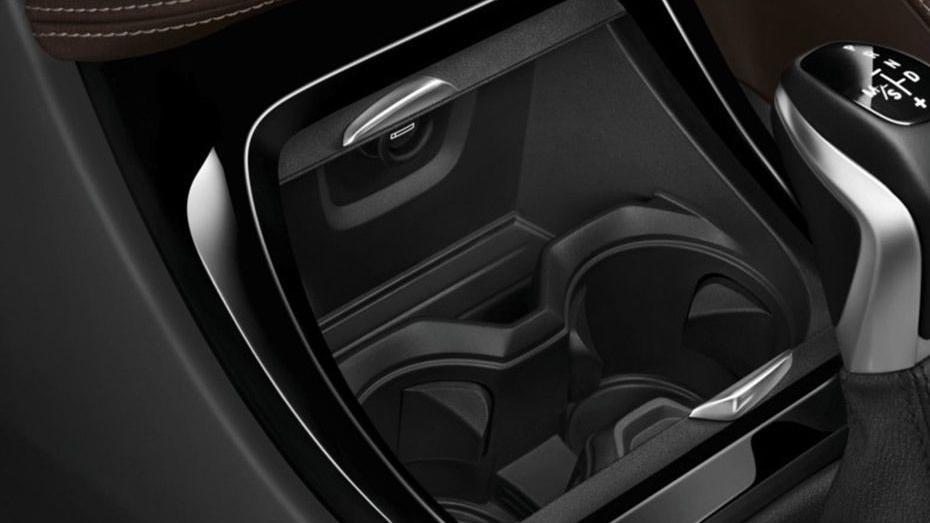 BMW X1 2019 Interior 006