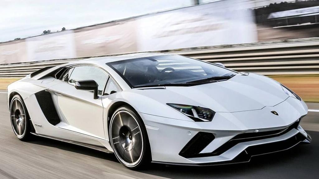 Lamborghini Aventador 2019 Exterior 038