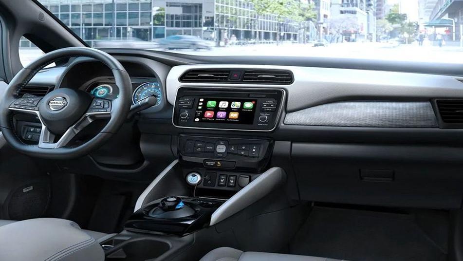 Nissan Leaf 2019 Interior 001