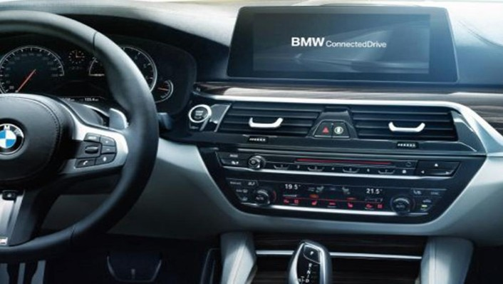 BMW 5 Series Sedan 2019 Interior 002