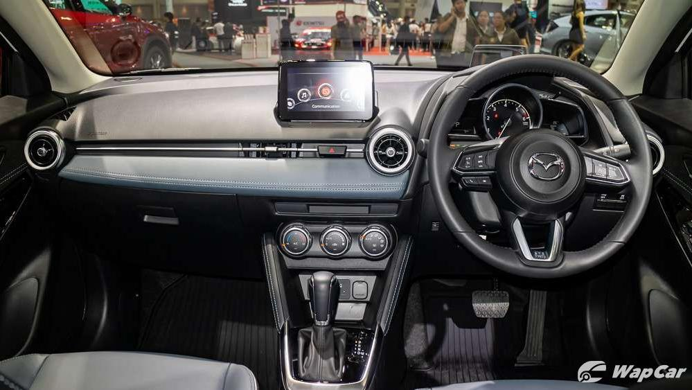 Mazda 2 2019 Interior 001