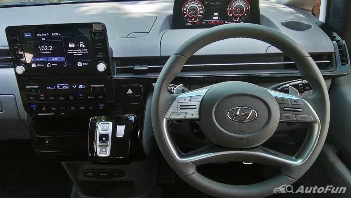 2021 Hyundai Staria Signature 7 Interior 002