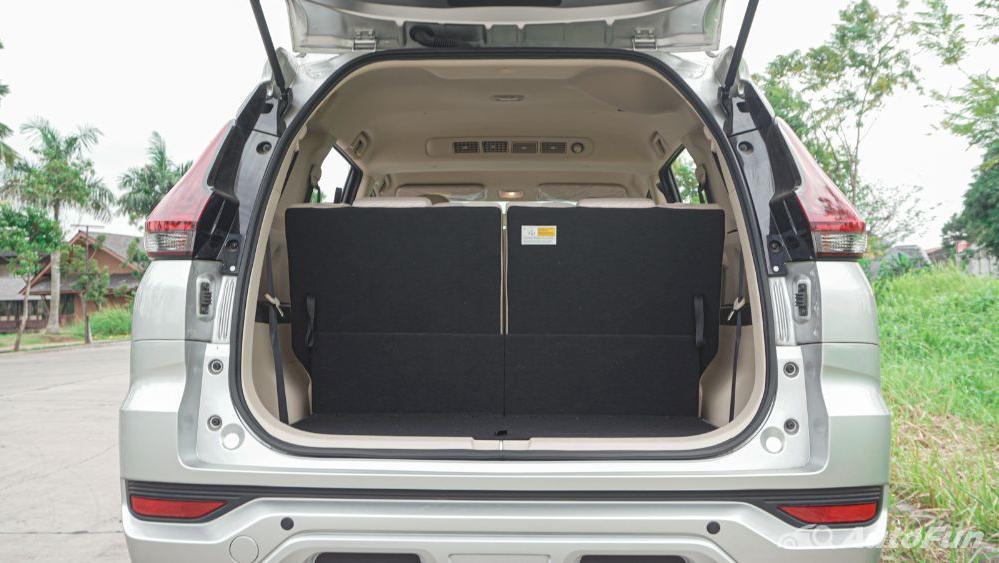 Mitsubishi Xpander Ultimate A/T Interior 037
