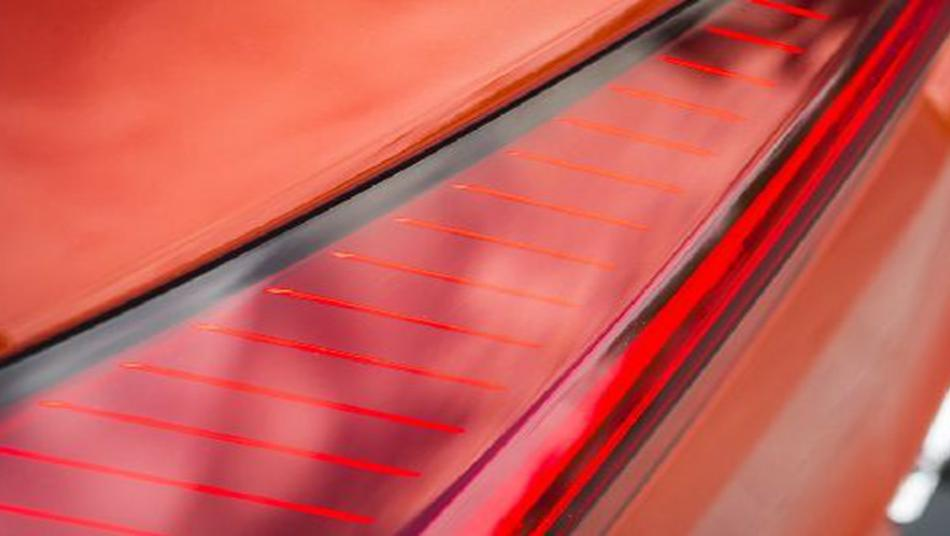 Lexus UX 2019 Exterior 004