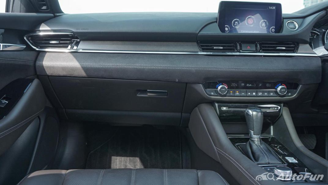 Mazda 6 Elite Estate Interior 022