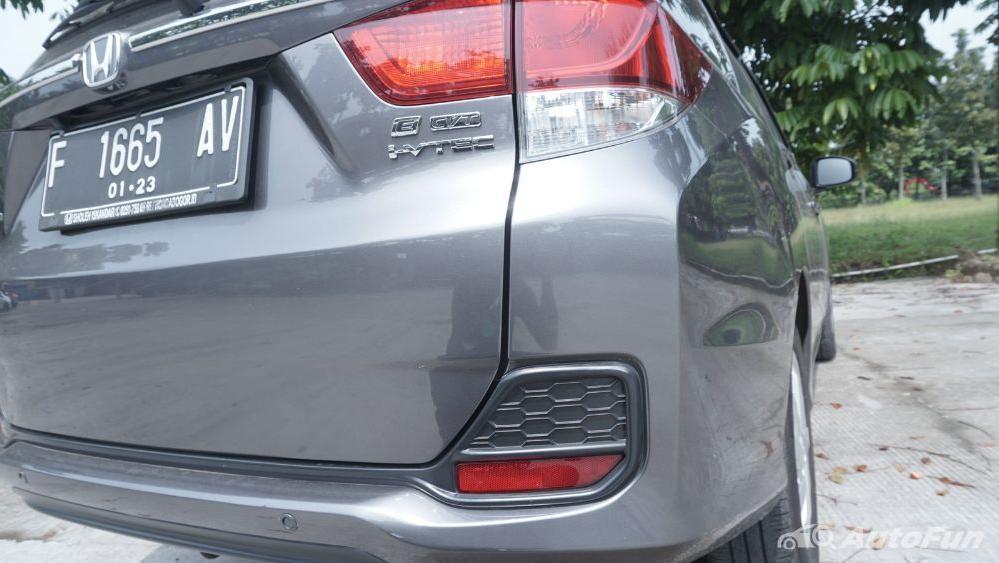 Honda Mobilio E CVT Exterior 023