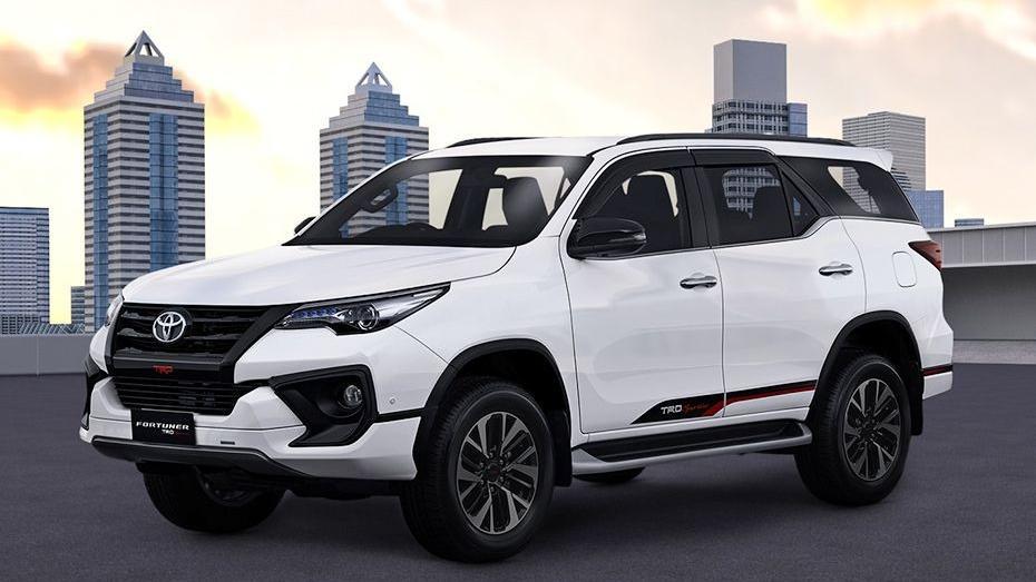 Toyota Fortuner 2019 Exterior 037
