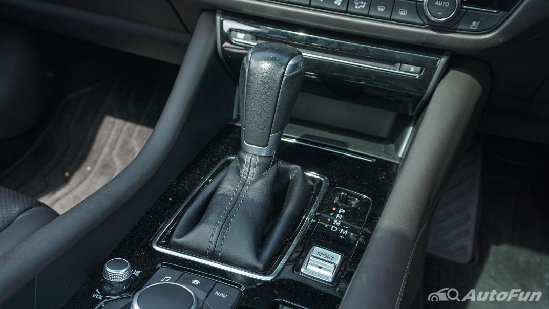 Mazda 6 Elite Estate Interior 037