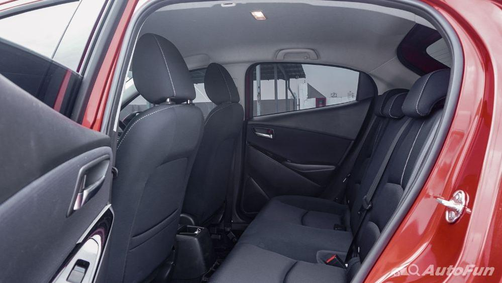 Mazda 2 GT AT Interior 068