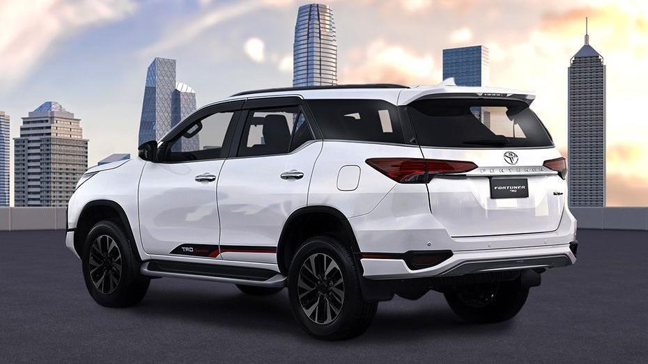 Toyota Fortuner 2019 Exterior 036