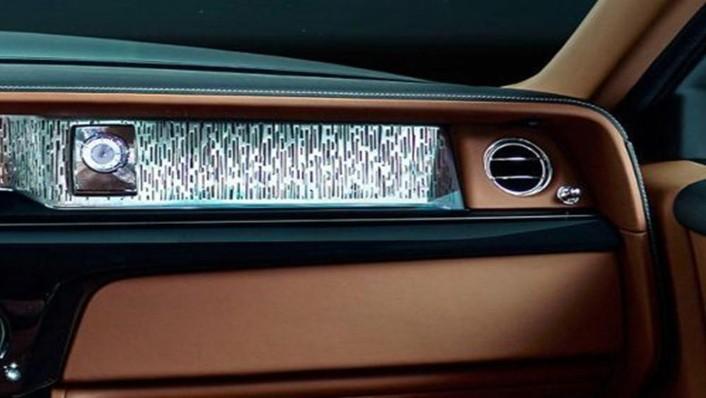 Rolls Royce Phantom 2019 Interior 004