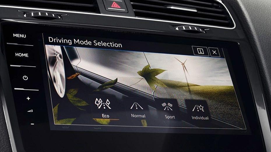 Volkswagen Golf 2019 Interior 103