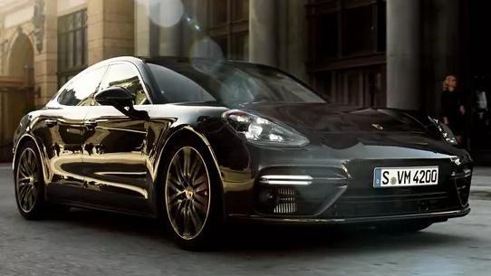 Porsche Panamera 2019 Exterior 004