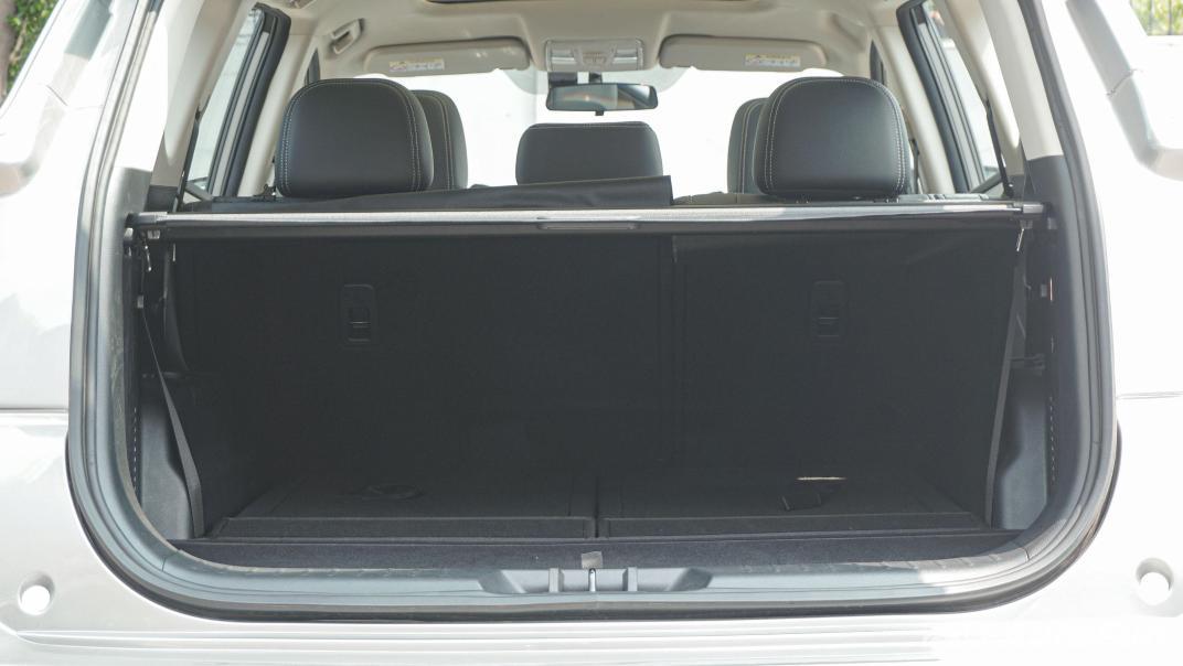 DFSK Glory i-Auto Intelligent Interior 115