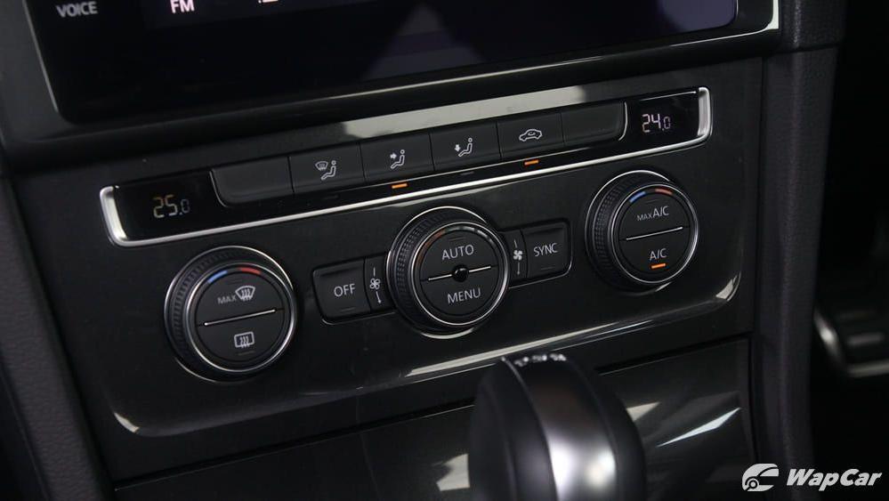 Volkswagen Golf 2019 Interior 013