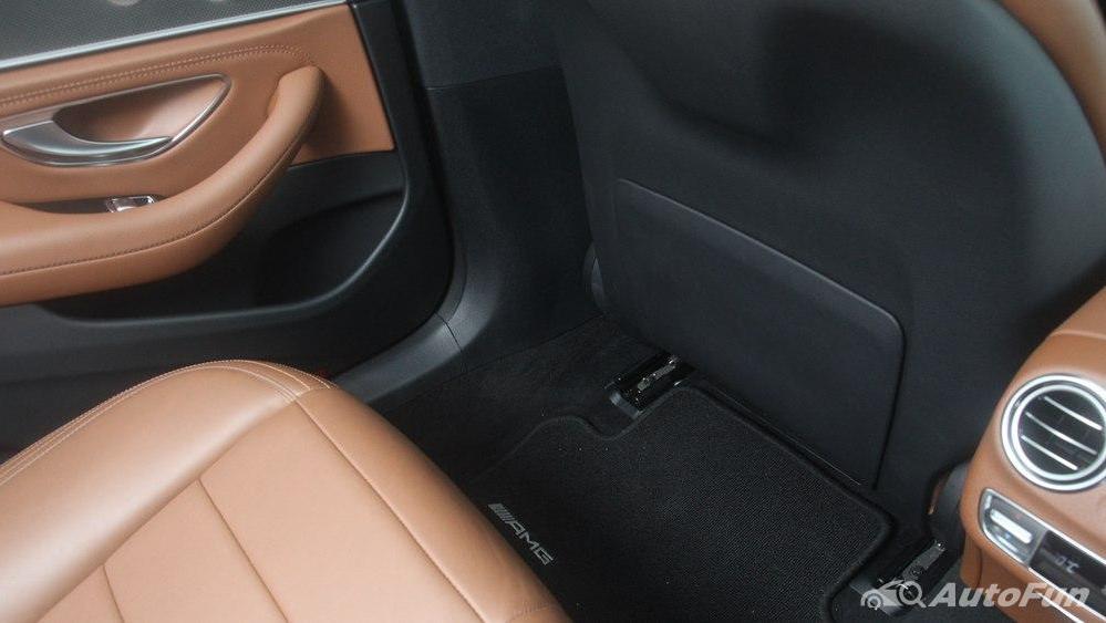 Mercedes-Benz E-Class 2019 Interior 104