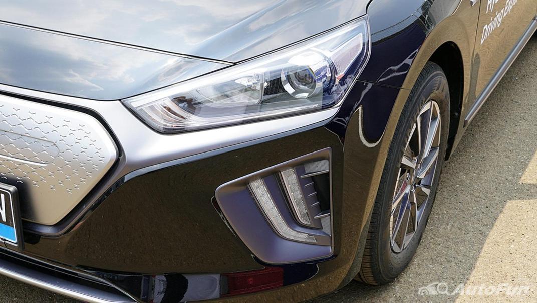 2021 Hyundai Ioniq Electric Exterior 009