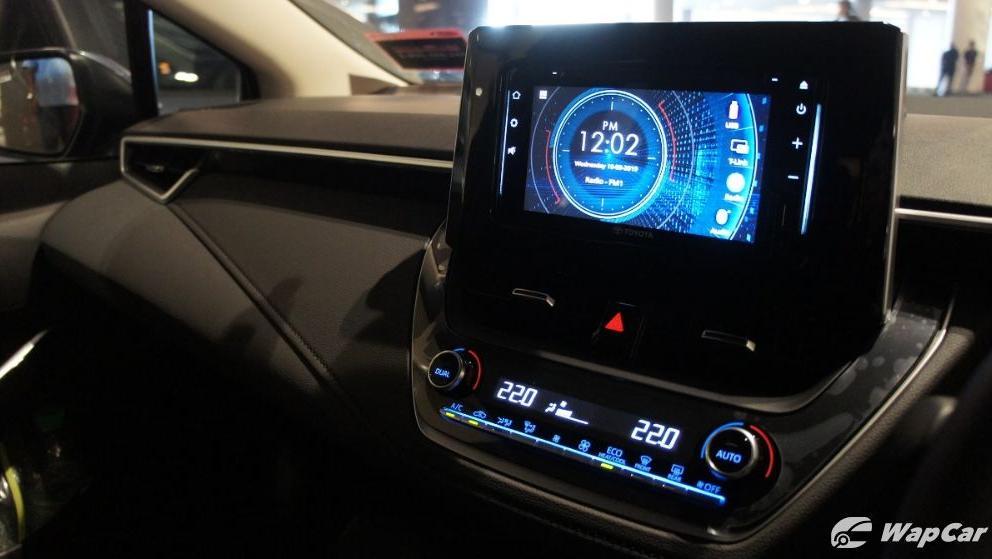 Toyota Corolla Altis 2019 Interior 017