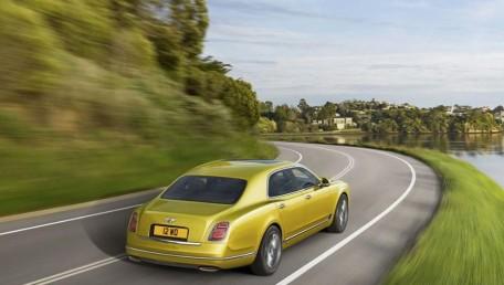 Bentley Mulsanne 6.75 L V8 Speed Daftar Harga, Gambar, Spesifikasi, Promo, FAQ, Review & Berita di Indonesia | Autofun