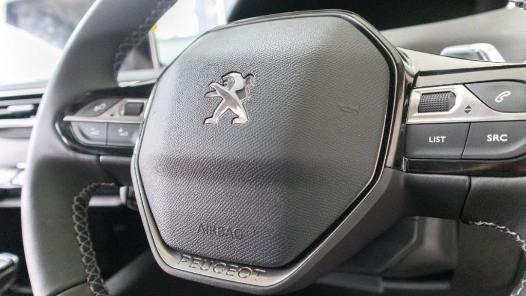 Peugeot 3008 2019 Interior 006