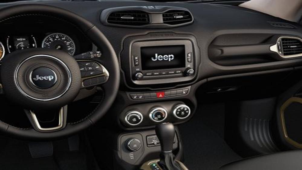 Jeep Renegade 2019 Interior 003