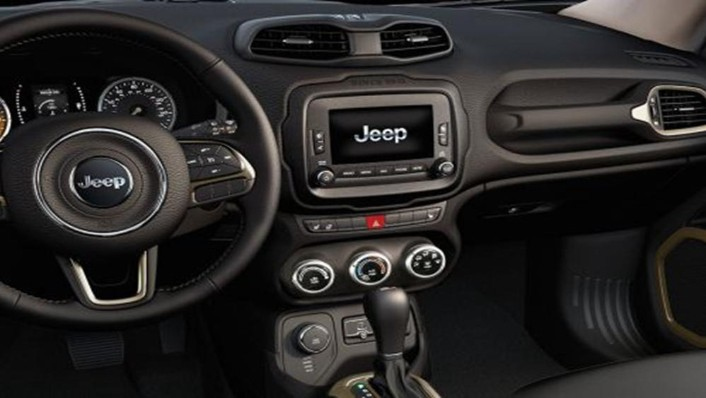 Jeep Renegade 2019 Interior 003