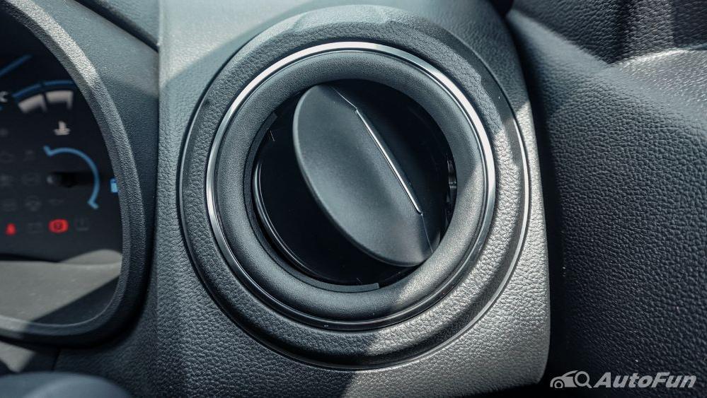 Renault Kwid 2019 Interior 017