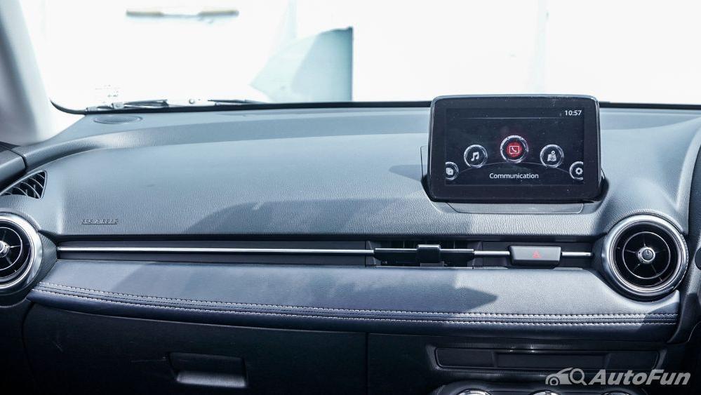 Mazda 2 GT AT Interior 020