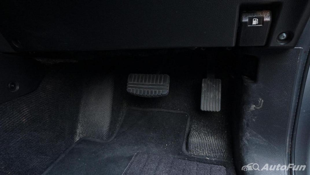 Mitsubishi Pajero Sport Dakar 4x4 AT Interior 021