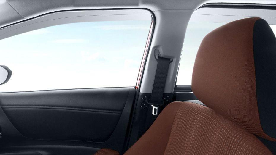 Toyota Sienta 2019 Interior 004