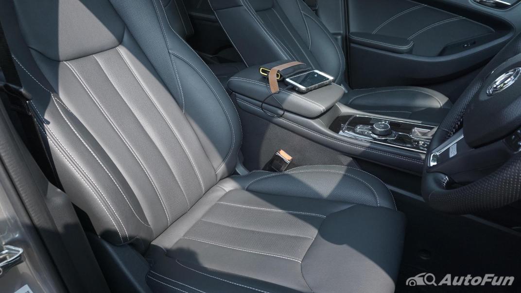 DFSK Glory i-Auto Intelligent Interior 050