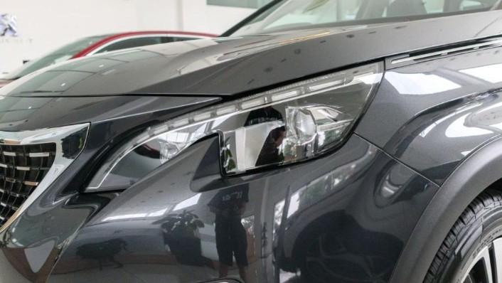 Peugeot 5008 2019 Exterior 007