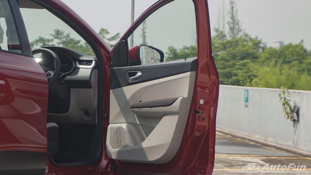 Renault Triber RXZ MT Exterior 040