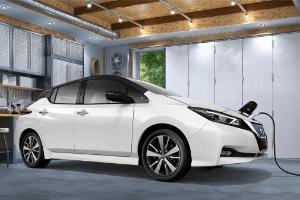 Rp. 826 Juta, harga Nissan Leaf di Filipina sudah bisa beli 3 Nissan Livina?
