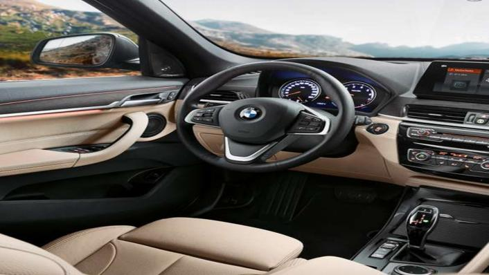 BMW X1 2020 sDrive18i xLine Interior 003