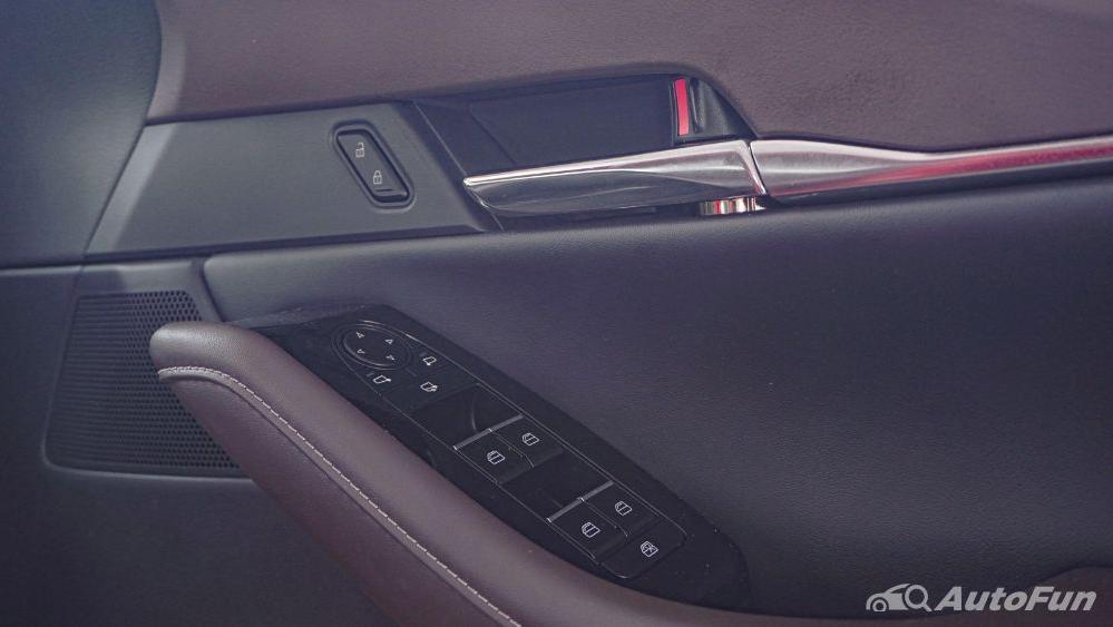 Mazda CX 30 GT Interior 043
