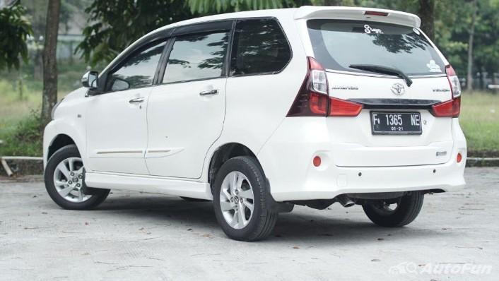 Toyota Avanza Veloz 1.3 MT Exterior 010