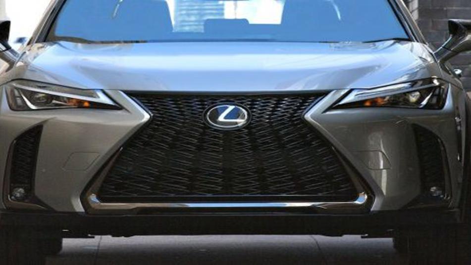 Lexus UX 2019 Exterior 007
