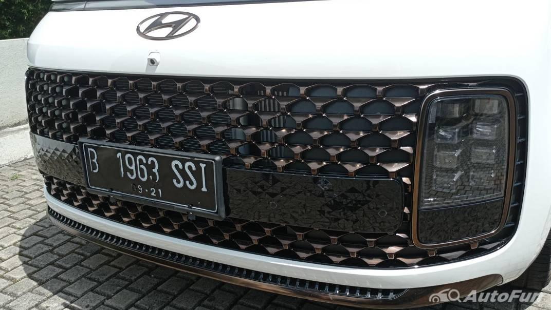 2021 Hyundai Staria Signature 7 Exterior 004