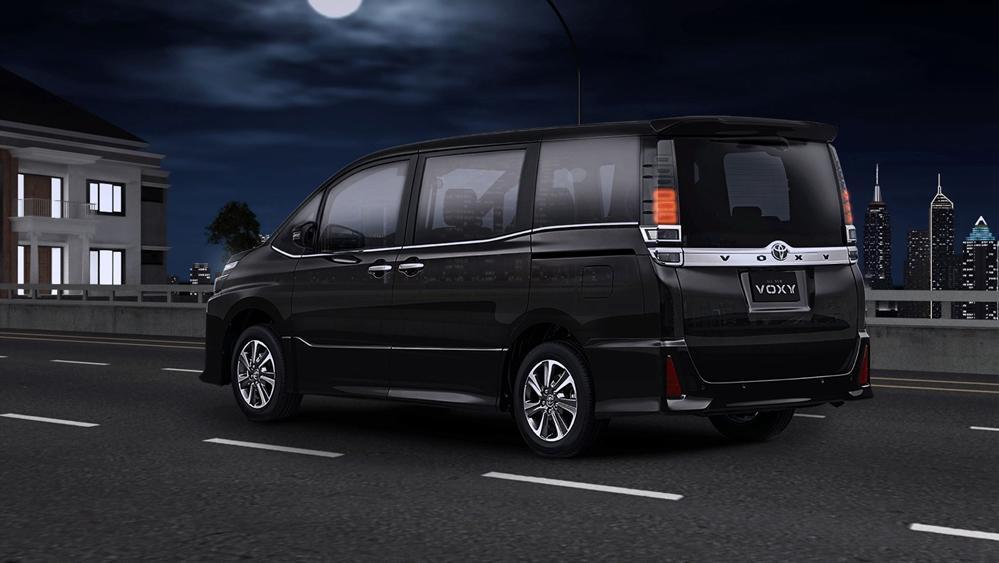 Toyota Voxy 2019 Exterior 005